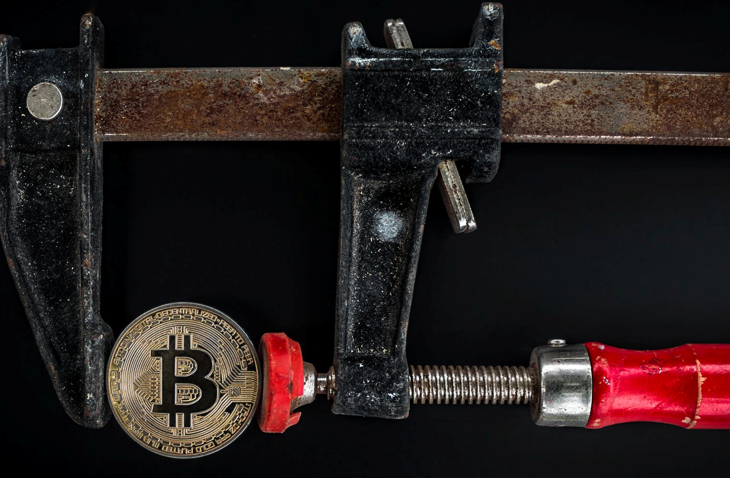 Spring for Crypto Mining? Bitfury Launched Institutional Mining Fund!
