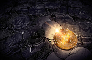 4 Reasons Why Bitcoin Rises While the Crypto and Stock Markets Drop
