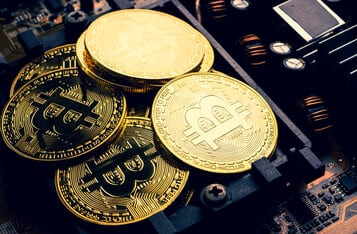 Peter Schiff Sends Stern Warning to Barry Silbert Over Grayscale Bitcoin Trust Price Collapse