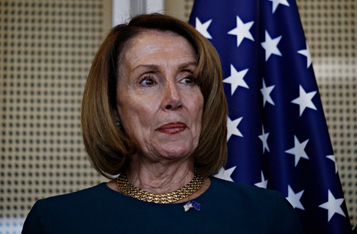 Nancy Pelosi Says Tuesday is Deadline if White House Wants Pre-Election Stimulus, BTC Traders Standby